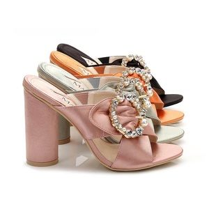 Shoes - Dainty Mules with broach